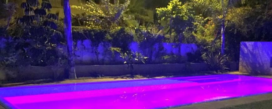 Les projecteurs à leds de piscine